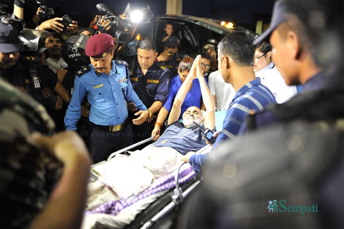 अस्पताललाई युद्धभूमि बनाएर अपहरण शैलीमा मलाई काठमाडौं ल्याइयो- डा. केसी