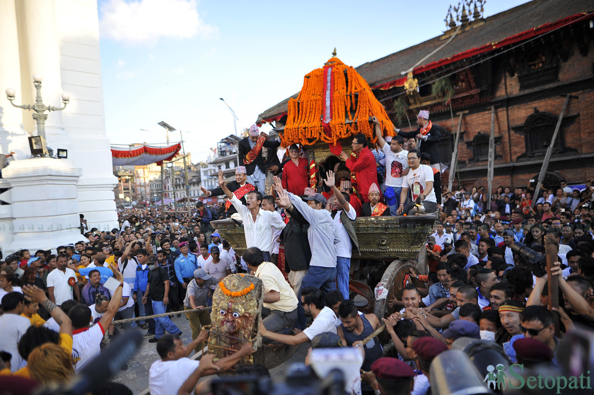 हामीले बिर्सेको काठमाडौंको इतिहास इन्द्रजात्राले सम्झाउँछ