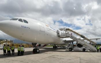 घाम ताप्दै नेपाल एयरलाइन्सका वाइडबडी जहाज