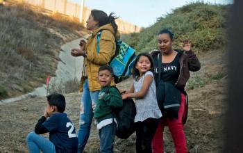 अमेरिकामा ४२ हजार अध्यागमनसँग सम्बन्धित मुद्दाको सुनुवाइ स्थगित, नेपाली पनि प्रभावित
