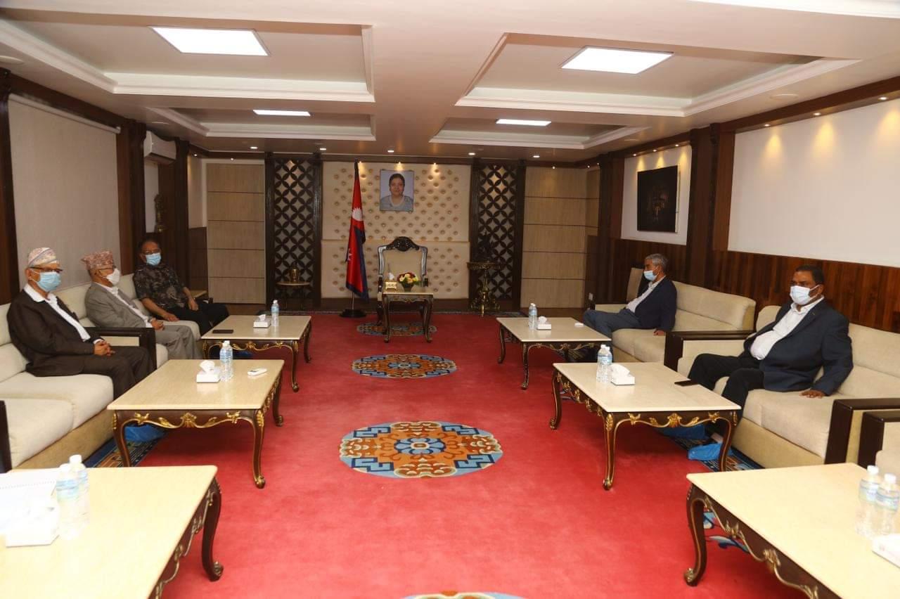 बालुवाटारमा सत्तारूढ गठबन्धनको बैठक बस्दै :: Setopati